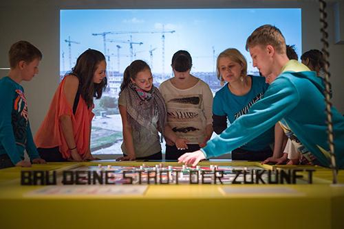 Eröffnung der MS Wissenschaft 2015 Zukunftsstadt.
